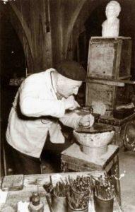 Renato Brozzi al lavoro negli anni 50